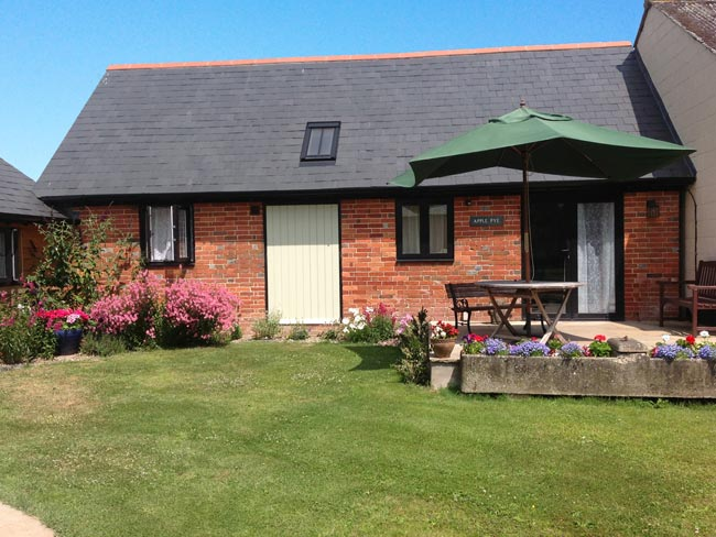 Pyesmead Farm self catering - Apple Pye