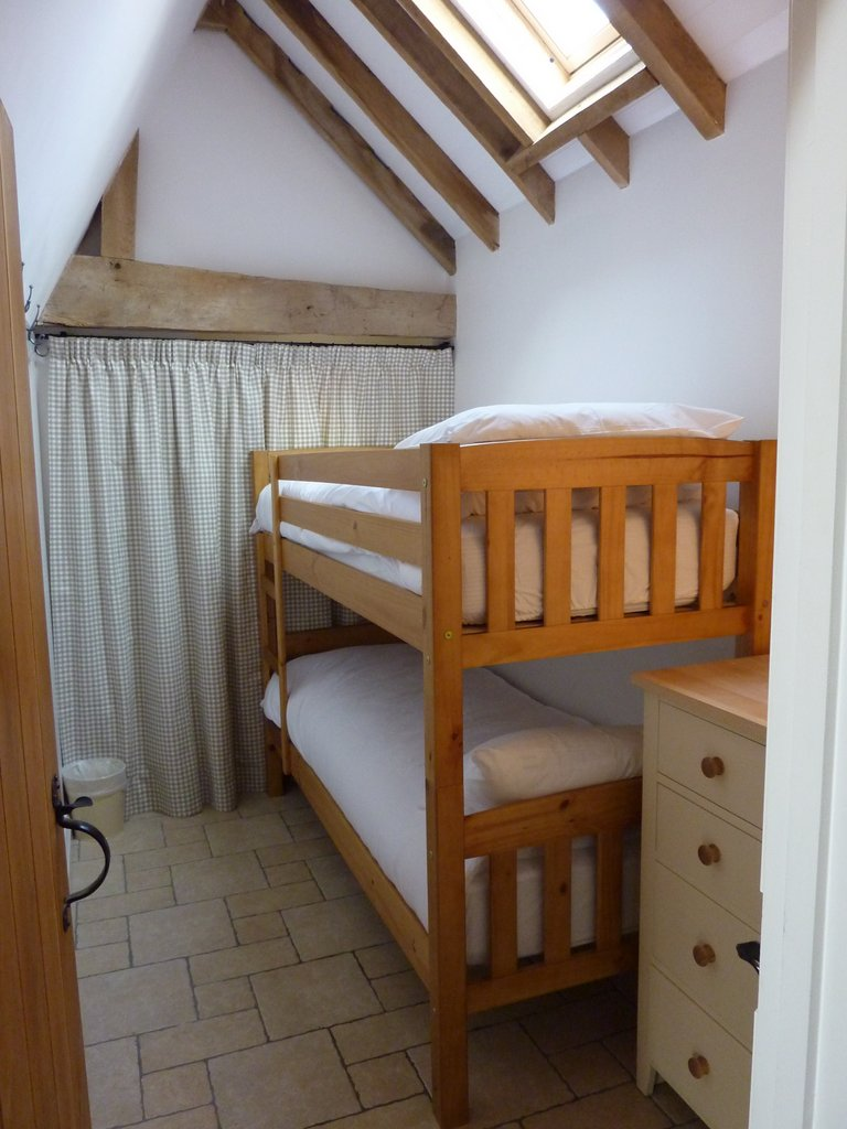 Pyesmead Farm Self Catering - Apple Pye Bedroom